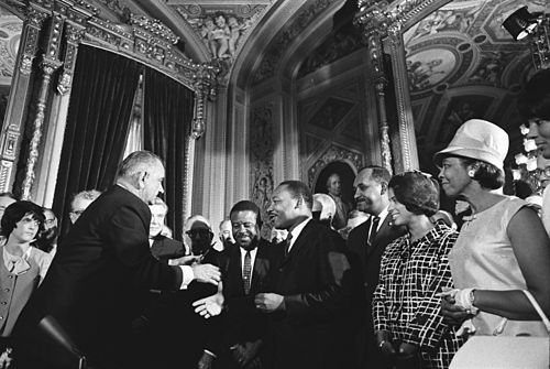 500px-Lyndon_Johnson_and_Martin_Luther_King,_Jr._-_Voting_Rights_Act