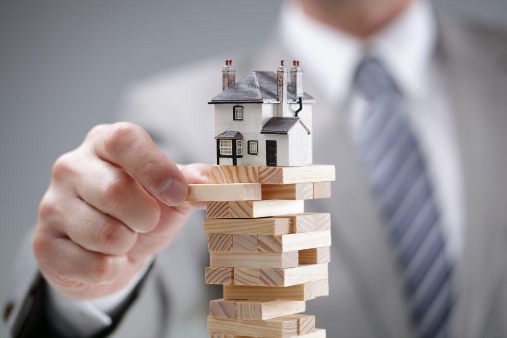 Housing market risk