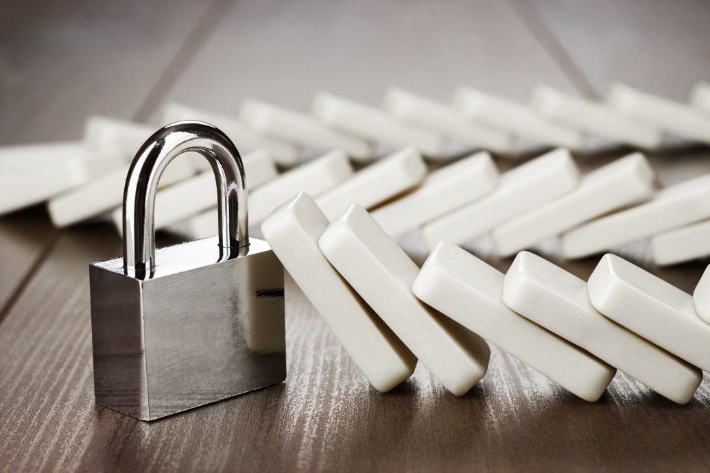 padlock standing still reliability concept