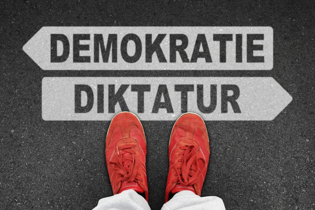 th demokratie diktatur I