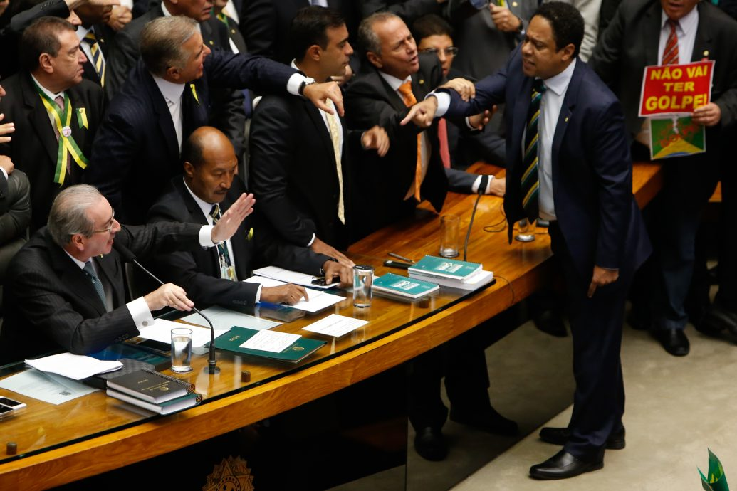 Lower Houses of Congress Votes to Impeach President Rousseff