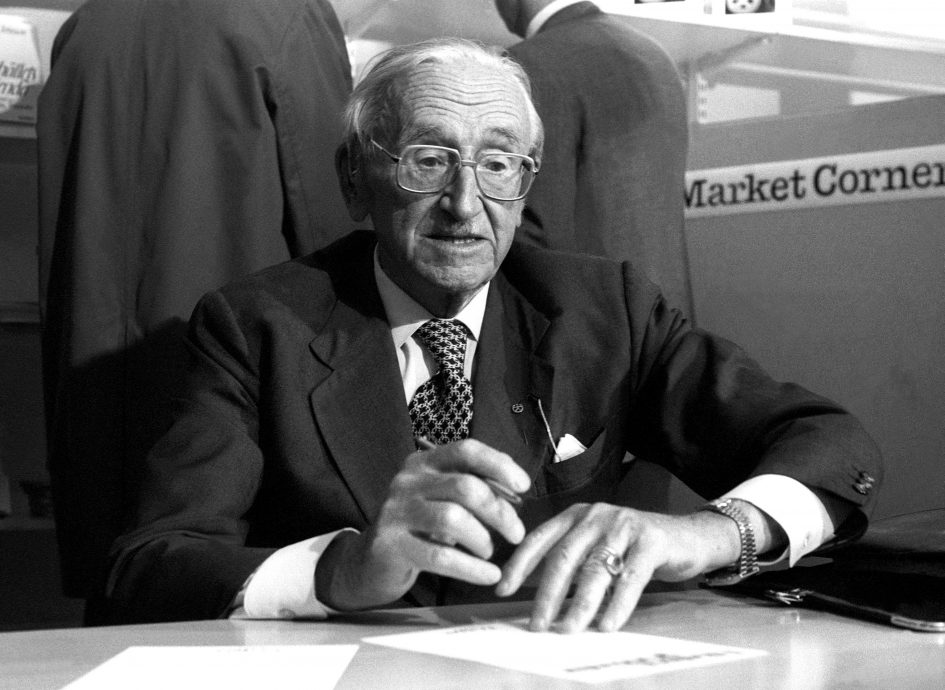 FRIEDRICH VON HAYEK 1981 Austrian economics and political philosopher in Gothenburg