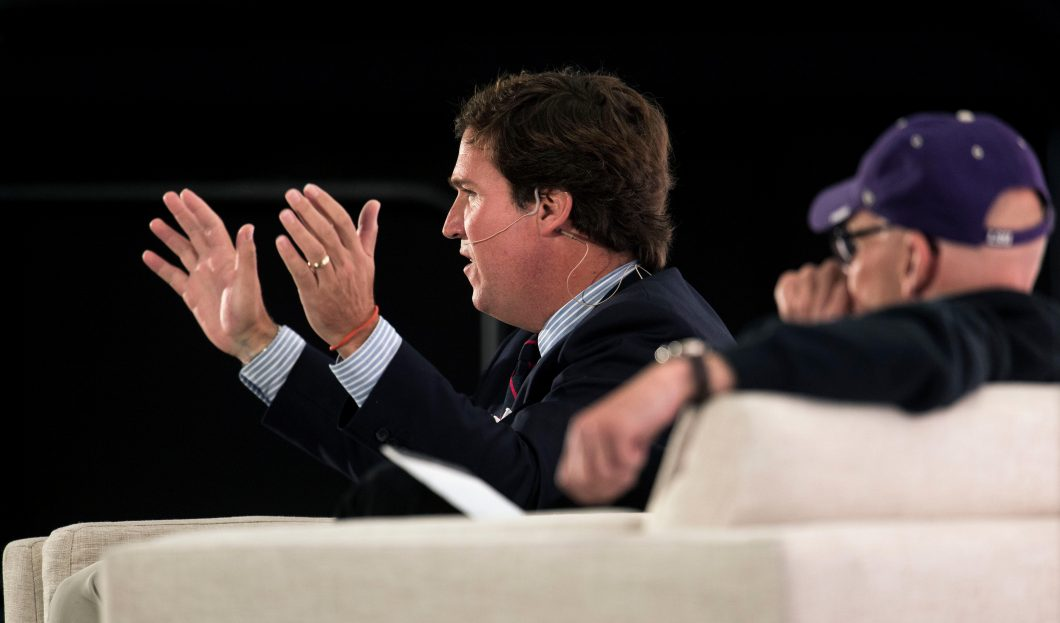 Los Angeles, California, USA. 21st Oct, 2018. TUCKER CARLSON at the fourth annual Politicon, a two-day gathering at the Los Angeles Convention Center which features well known personalities from politics and entertainment participating in panels, debates,