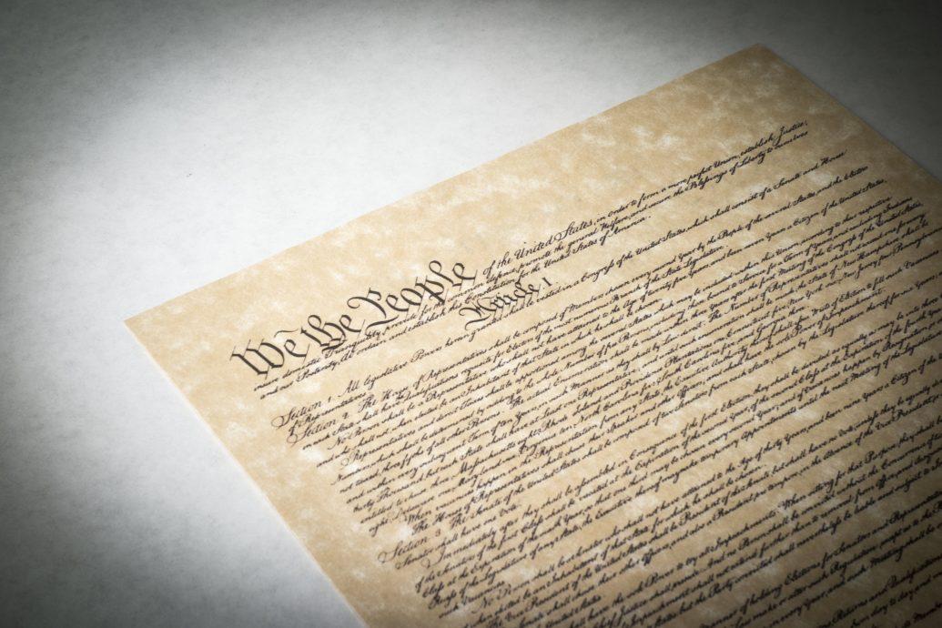 shutterstock_174496634 (Constitution)
