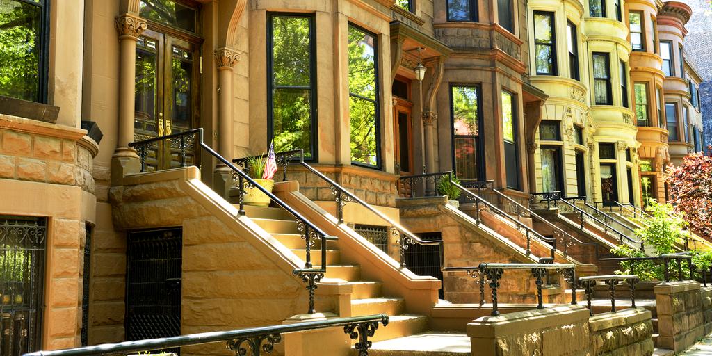 shutterstock_380027461 (NYC Brownstones)
