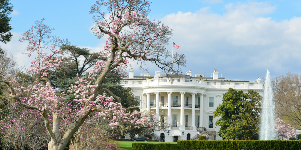 shutterstock_384702961 (WH in Spring)